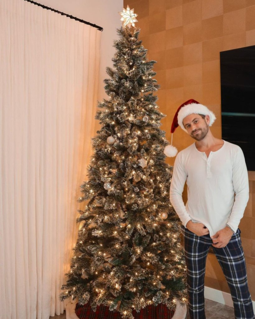 'Tis the Season! See How Your Favorite Stars Are Decorating for the Holidays