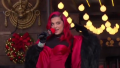 bebe rexha macys thanksgiving day parade outfit-3