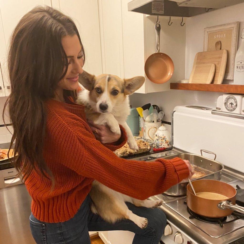 Becca kufrin Thanksgiving