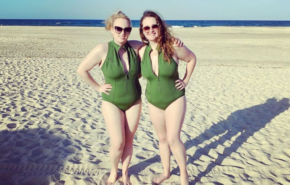 Rebel Wilson Rocks Swimsuit in Mexico Amid Weight Loss: Photo