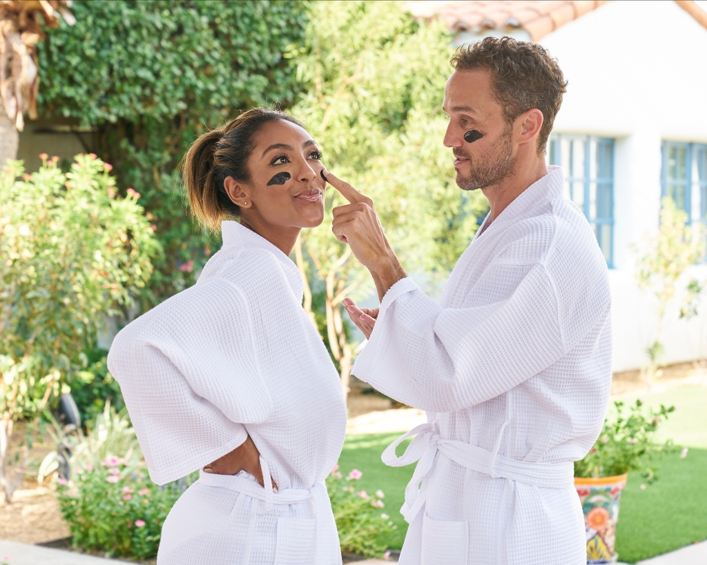 Is Tayshia Adams Engaged Does She Pick Zac Clark During Bachelorette Finale