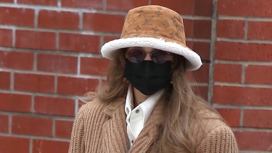 Gigi Hadid Spotted Shopping with Daughter in Soho