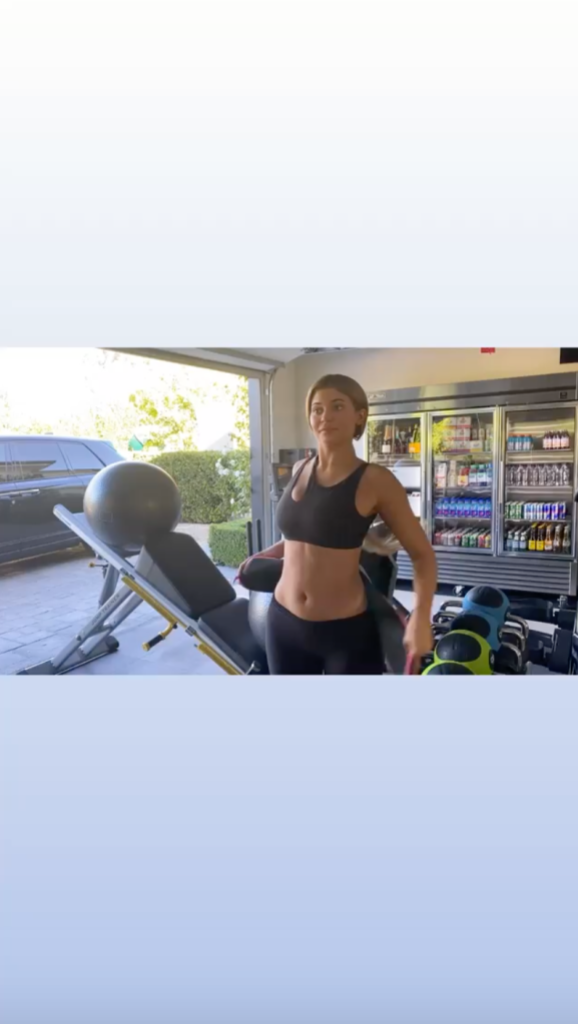 Kylie Jenner Flaunts Her Fitness Progress While Working Out in Her Home Gym: 'We Did Good Today'