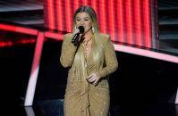 Kelly Clarkson and Brandon Blackstock's Divorce Timeline 9