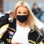 tana-mongeau-underboob-toned-abs-out-in-los-angeles