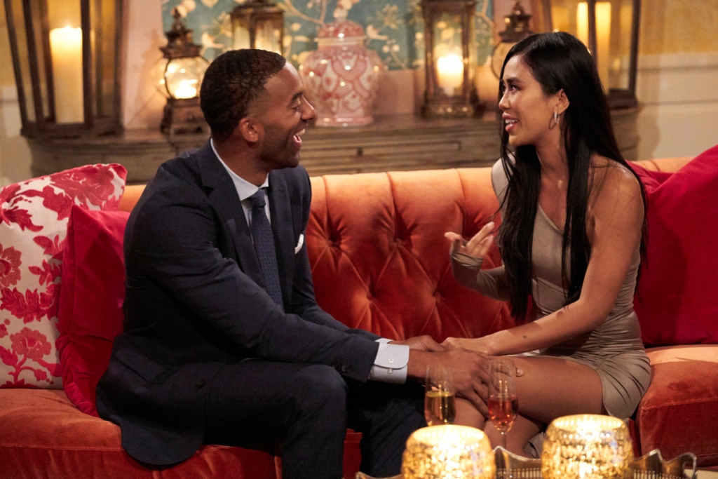 Who is Marylynn Sienna on 'Bachelor'? Has Drama With Victoria