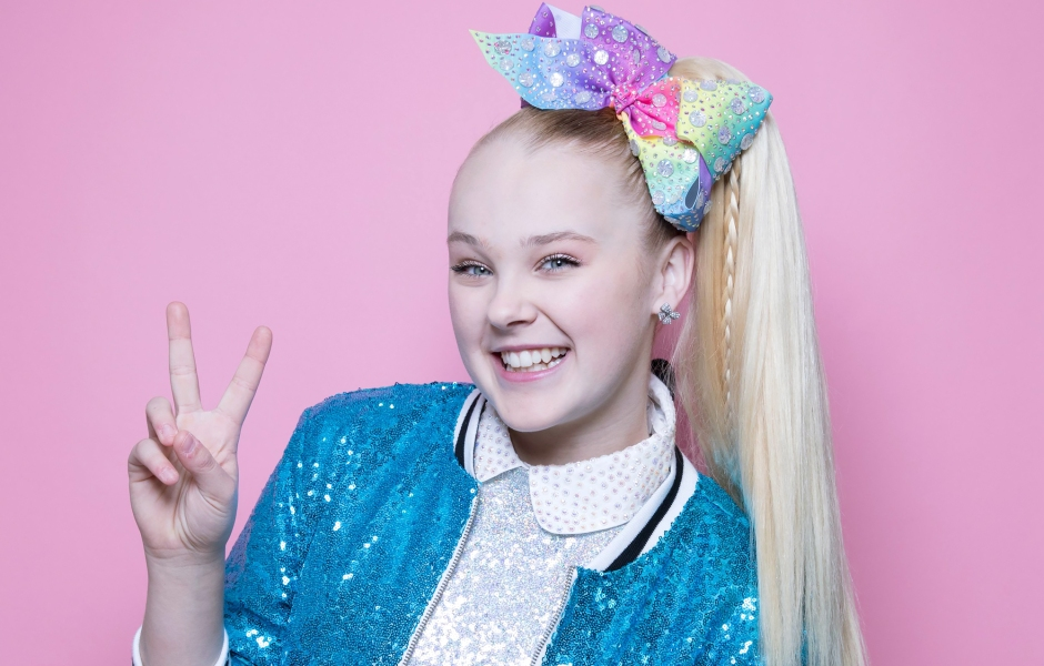 Jojo Siwa Says She's 'Never Been This Happy' Since Coming Out: 'There's So Much Love'