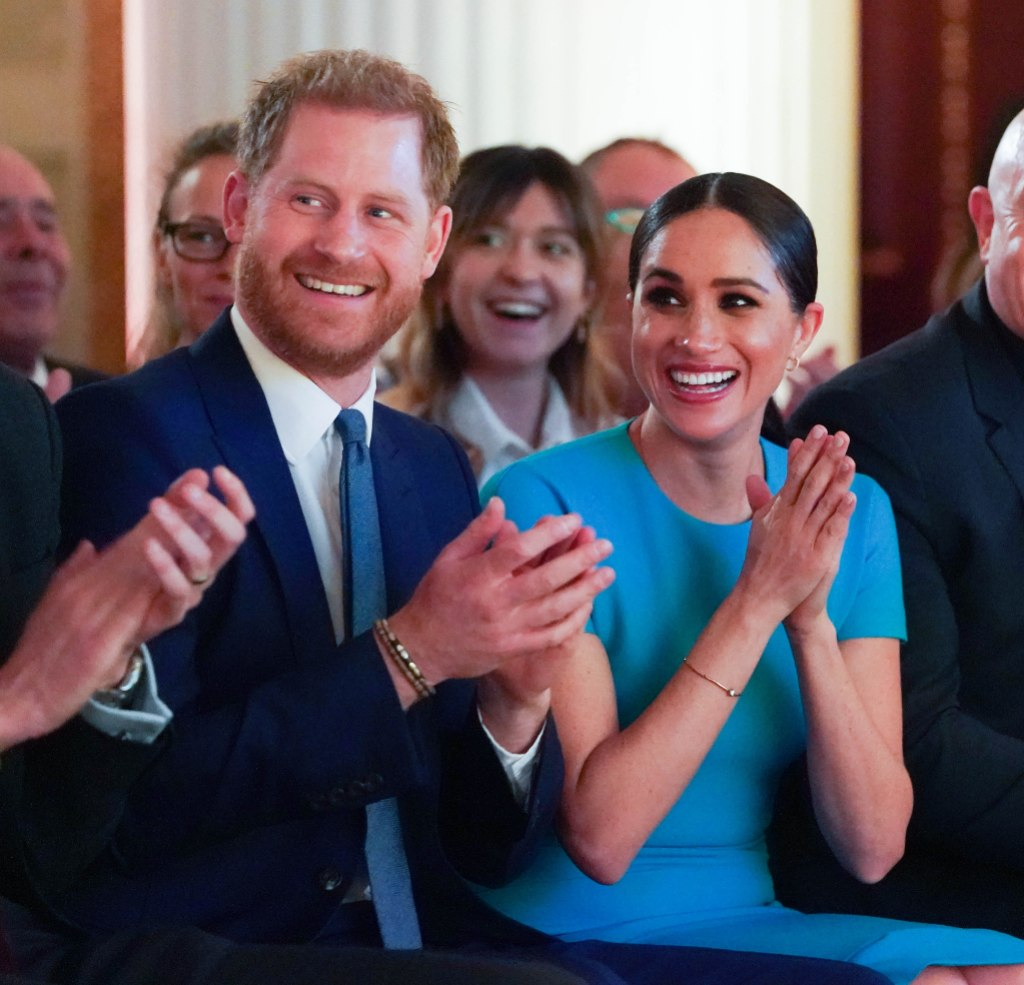 https://www.lifeandstylemag.com/posts/meghan-markles-los-angeles-home-see-photos-of-1-8-million-house/