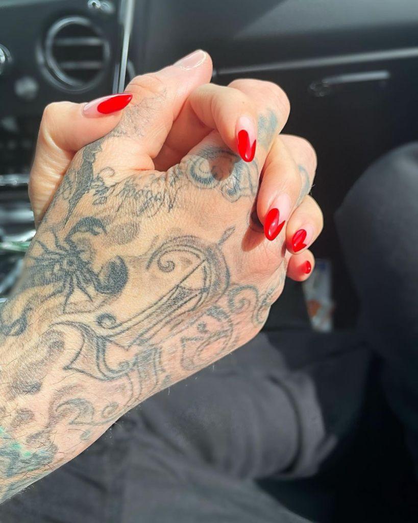Kourtney Kardashian Travis Barker Instagram Official