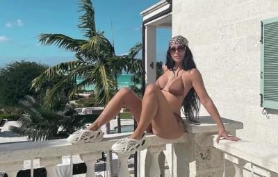 kim-kardashian-hottest-photos-since-kanye-wes-divorce-news