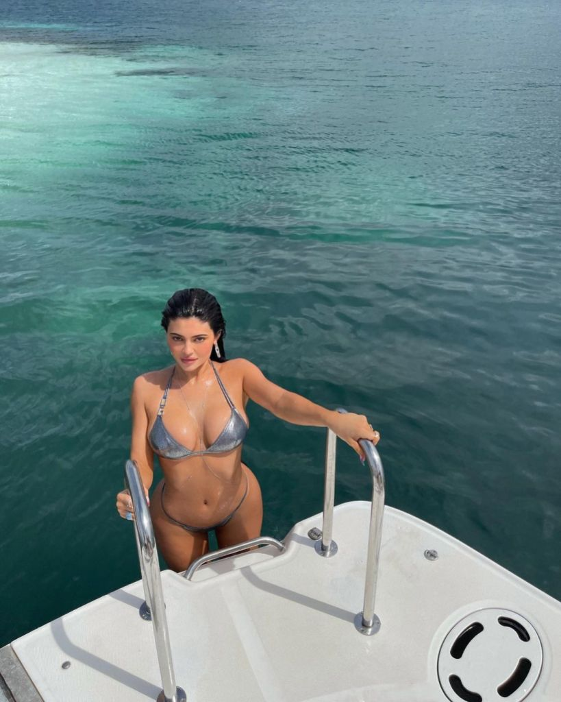 Hot, Hot, Hot! The Sexiest Kardashian-Jenner Photos of 2021 So Far
