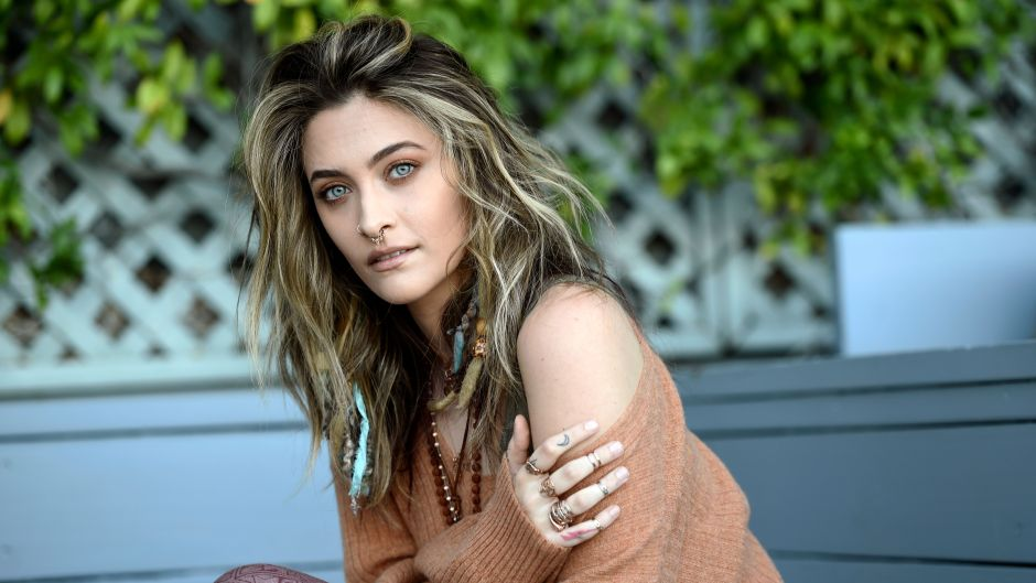 Paris Jackson Family: Does She See Mom Debbie Rowe and Brothers?