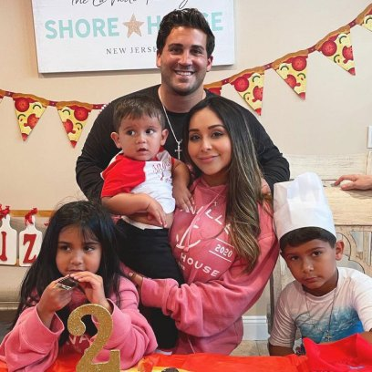 Nicole Snooki Polizzi Teases Potentially Having Baby No 4 Jionni LaValle It Has Happen