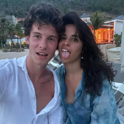 Camila Cabello, Shawn Mendes Wear Matching Sweats in NYC