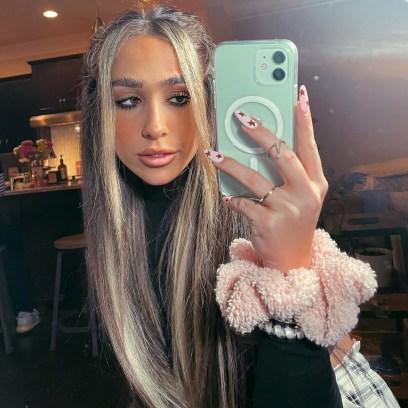 Kim Zolciak-Biermann's Daughter Ariana Denies Jaw Filler, Other Plastic Surgery Rumors After Weight Loss