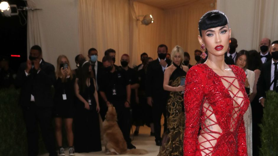Megan Fox Outfit