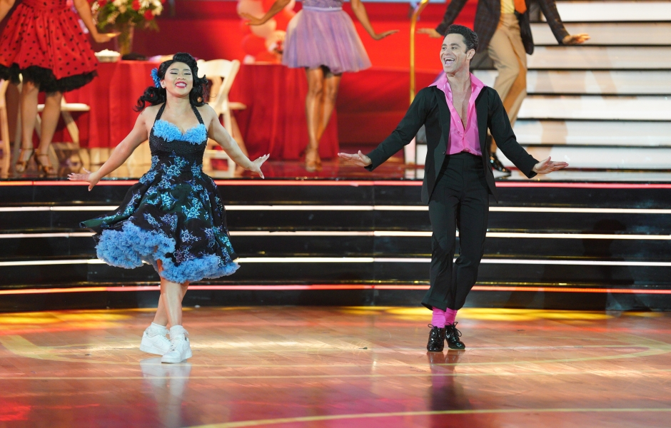 Suni Lee's 'Dancing With the Stars' Costumes Every Week: Photos of the Olympian's Outfits